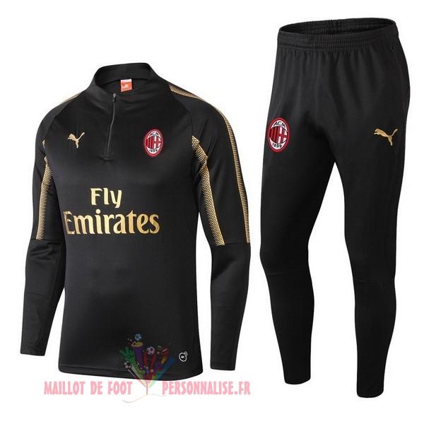 d16d15ae04 Maillot Om Pas Cher PUMA Survêtements Enfant AC Milan 18-19 Noir Or